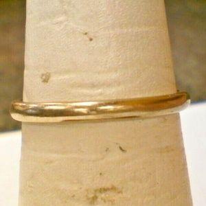 14K White Gold Ladies Ring Band 1.8 Gram Size 6.75